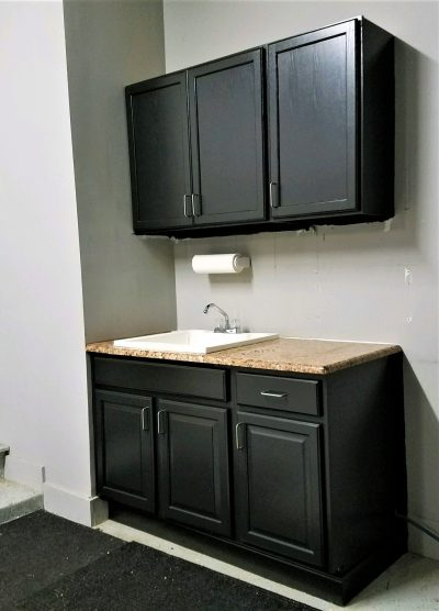how to install or hang upper wall cabinets