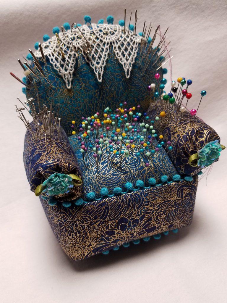 How To Make A No Sew Easy Chair Pincushion Renee Romeo