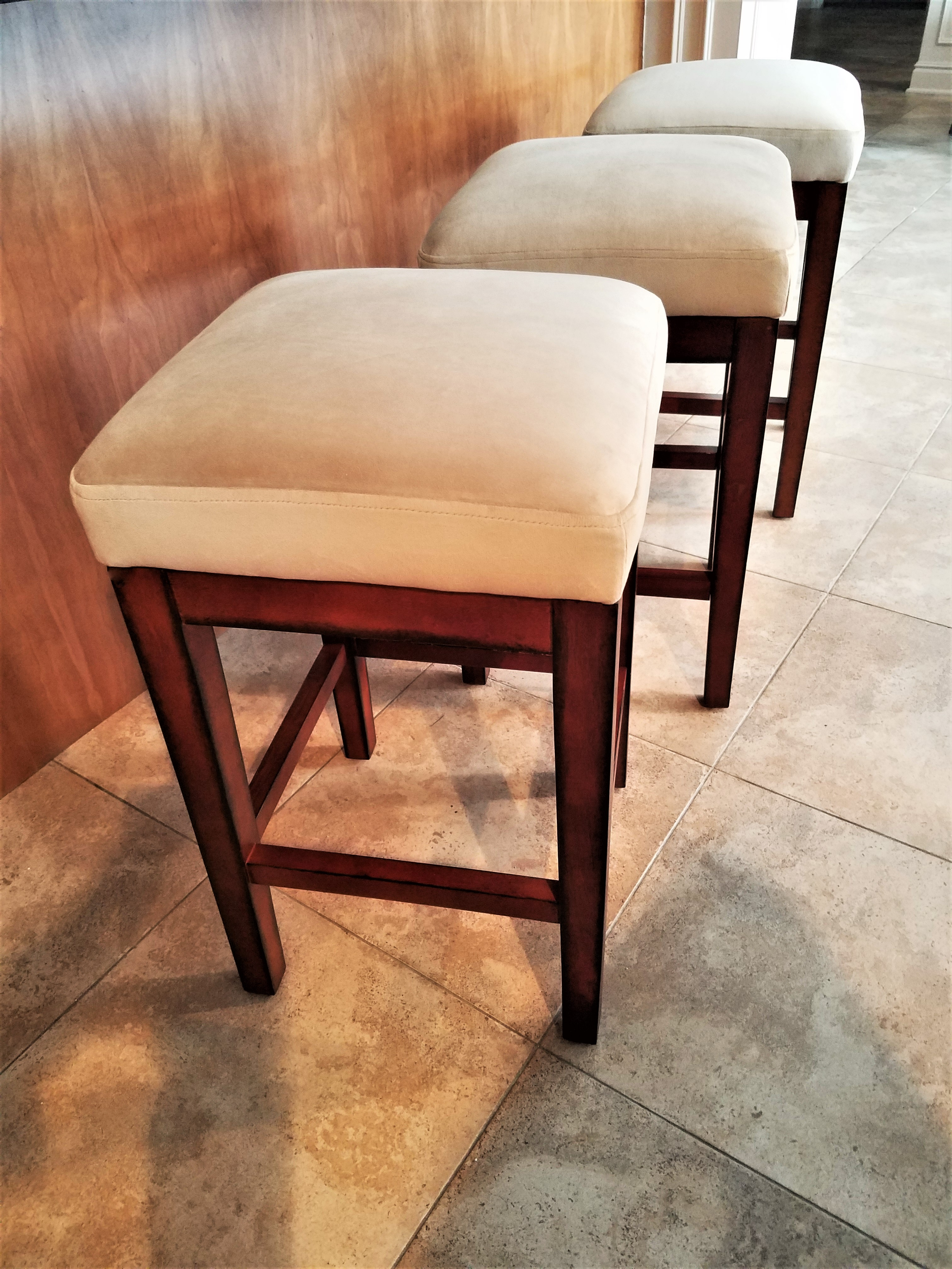 How To Reupholster A Bar Stool Seat Renee Romeo