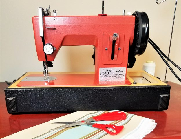 Best Industrial Sewing Machine Review - Sailrite Heavy Duty