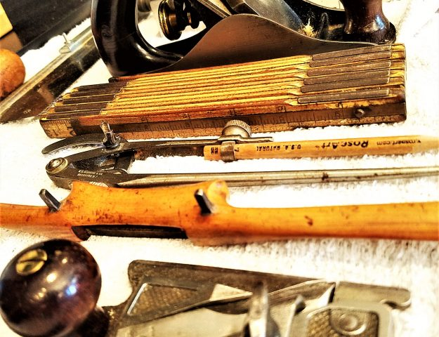 35 Woodworking Hand Tools for Beginners