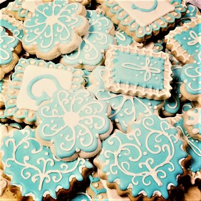make and decorate personalized baptism cookies