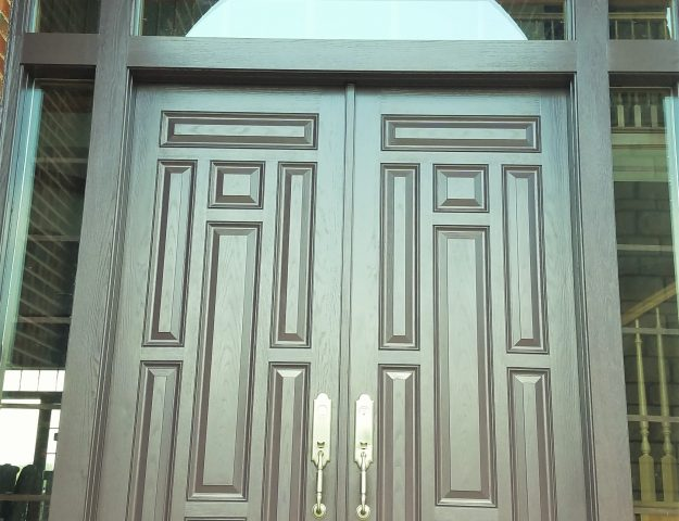 How to Paint a Front Door without Brush Marks